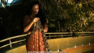 Beautiful Ebony Indian Babe