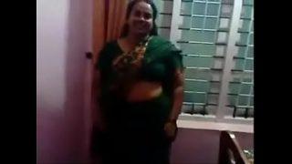 Horny Big Tit Hindu mom Gets Fuck hard